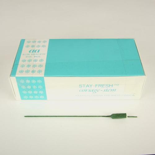 Corsage Stems (100 Green per box)
