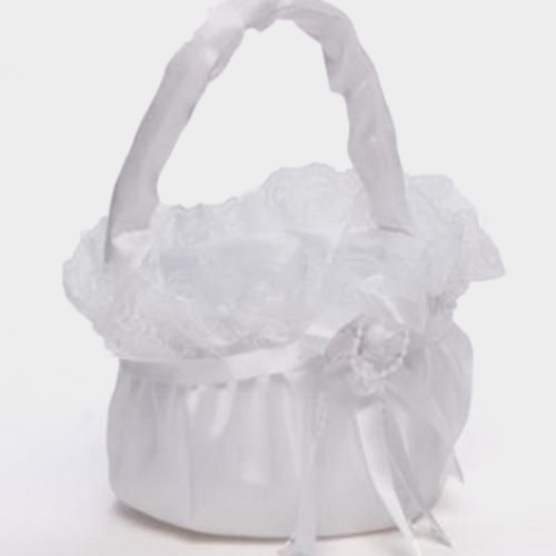 Merry Basket W/ Lace & Rose Ivory